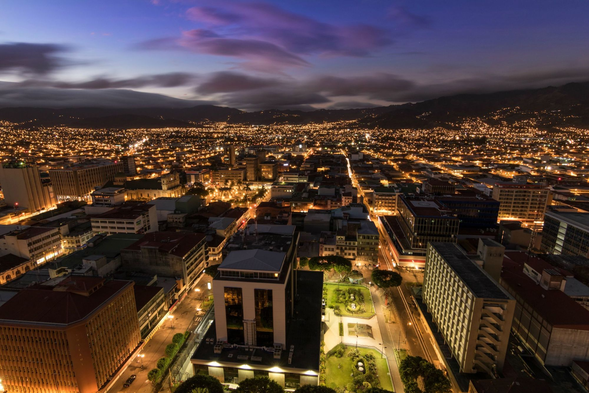 San José by night, Costa Rica