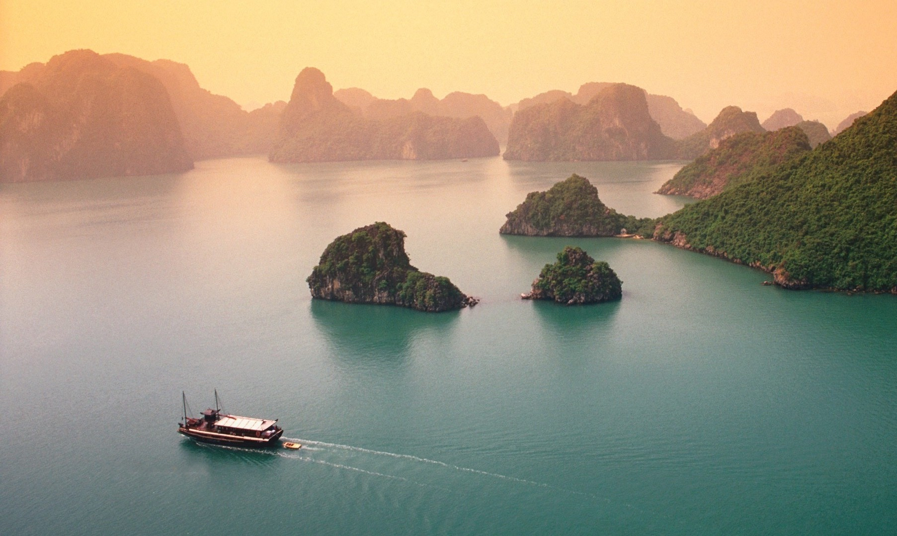 Viêt Nam - Baie de Ha Long