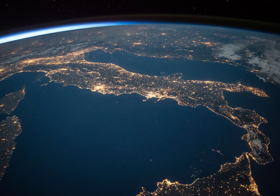 Italie - lumières de la nuit